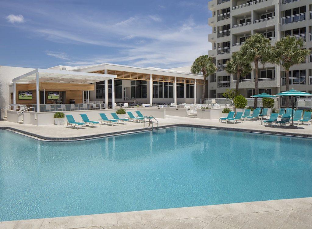 The-Resort-at-Longboat-Key-Club-Pool_1